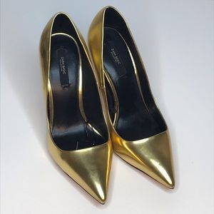 NWT Zara Gold Metallic Stiletto Heels Size 7.5/38